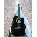 Guitarra clásica, electrificada NUEVA.